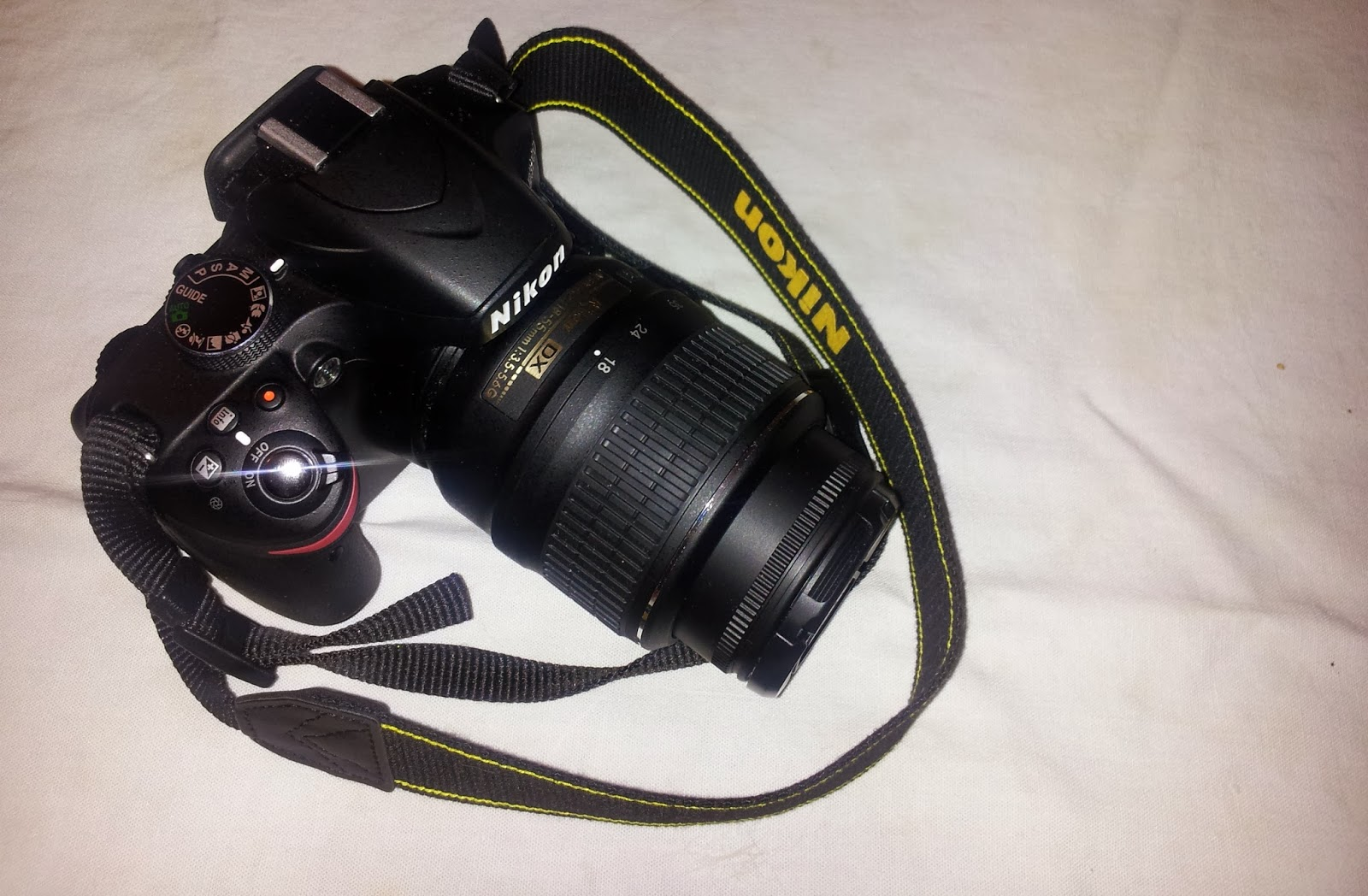 Picture of a Nikon D3200 DSLR camera