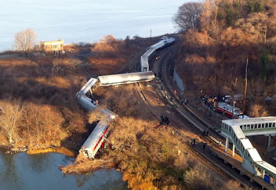 Bronx-Metro-North-Train-Derailed