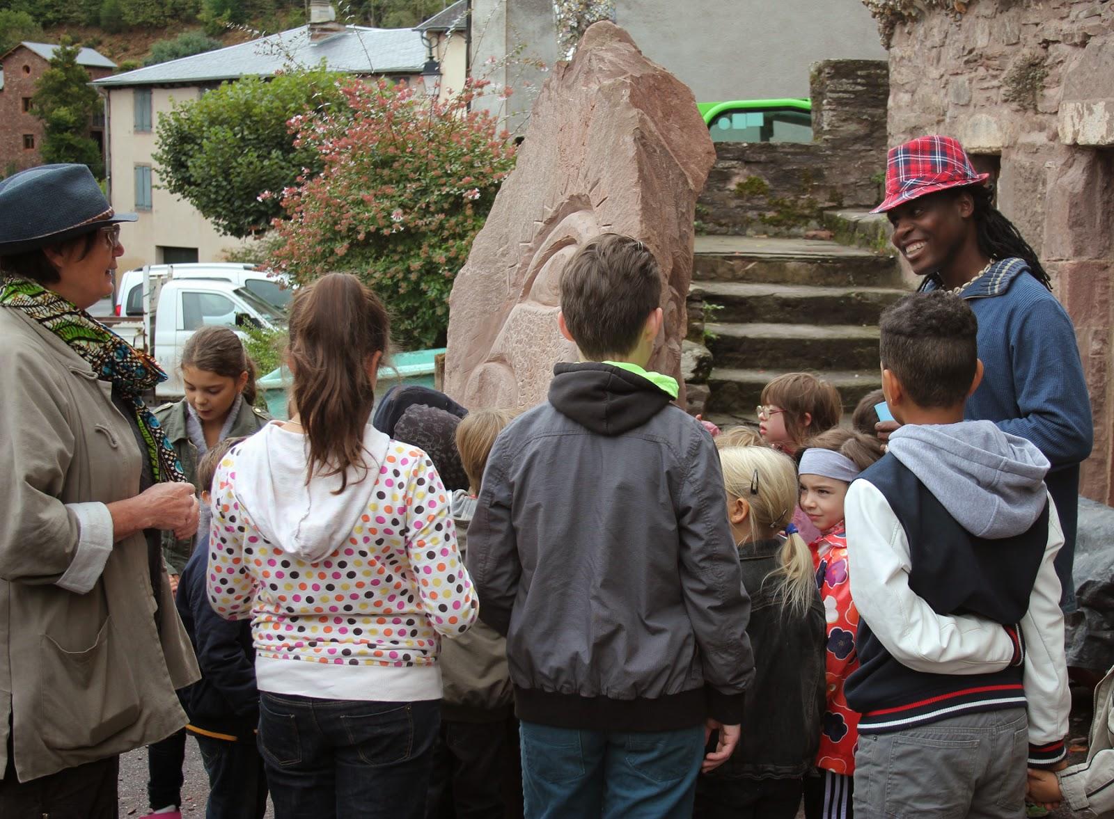 http://artsbuissonniers.blogspot.fr/p/blog-page_1.html