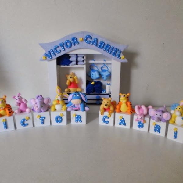 Quadro de Maternidade e Cubos da Turma do Ursinho Pooh