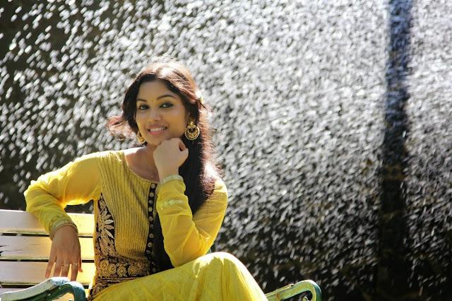 Sri Priyanka Stills At Kangaroo Movie Interview