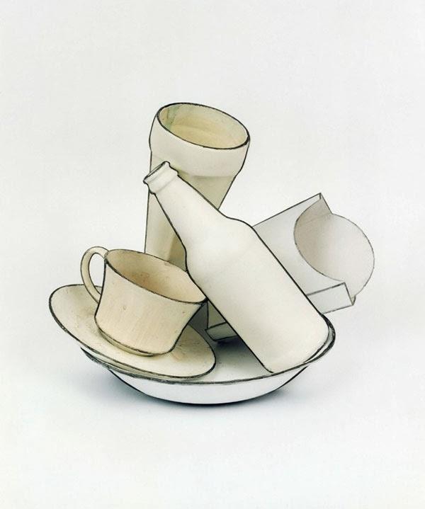 objetos cotidianos simples dibujos 2D con pintura blanca y carbón de leña Cynthia Greig