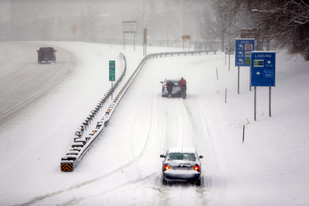 http://www.boston.com/bigpicture/2014/01/deep_freeze_chills_us.html