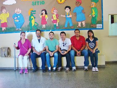 PROFESSORES, ESTAGIÁRIOS E COORDENADOR