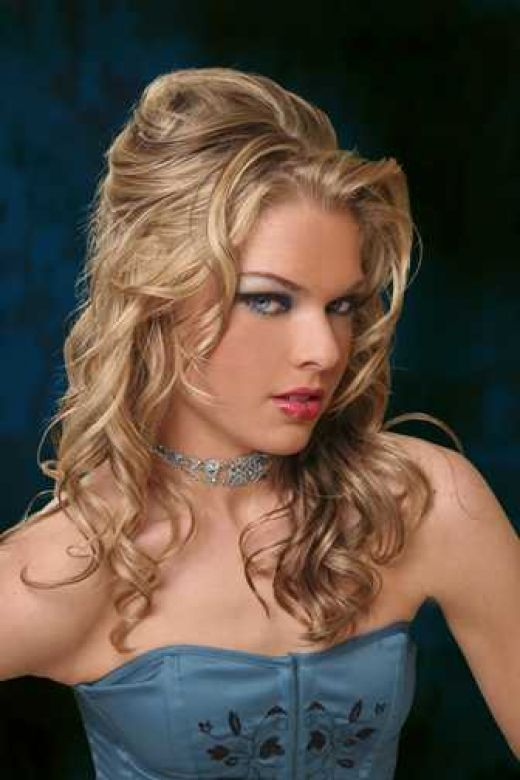 New Trends Curly Hairstyles 2011Women Fahion TV