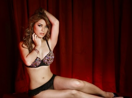 Nathalie Hayashi, model sexy and Hot in SOOPERBOY