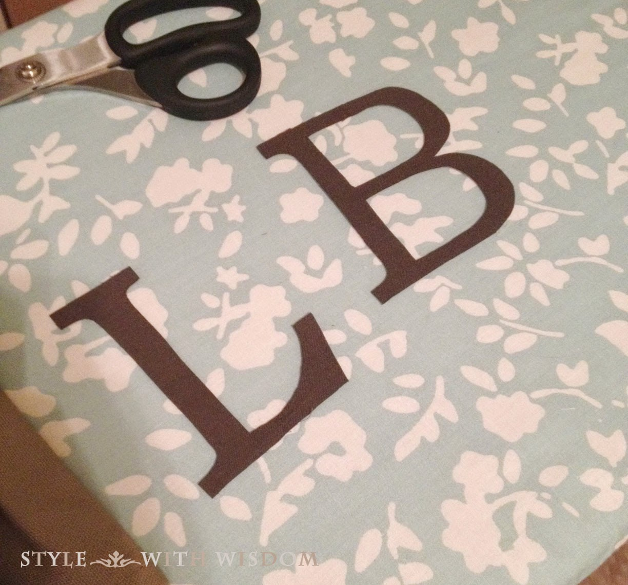 monogram applique tutorial letters