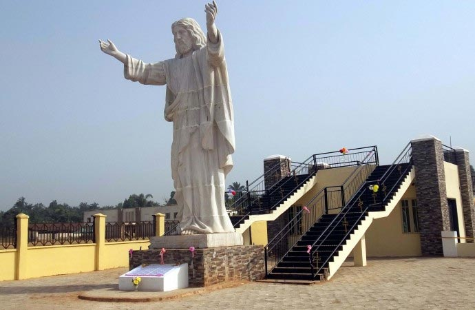 28 Ft Statue of Jesus Christ Unveiled In Imo Is The Biggest In Africa (Photos)