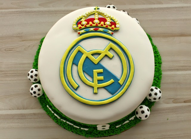 Tort z logo Real Madryt