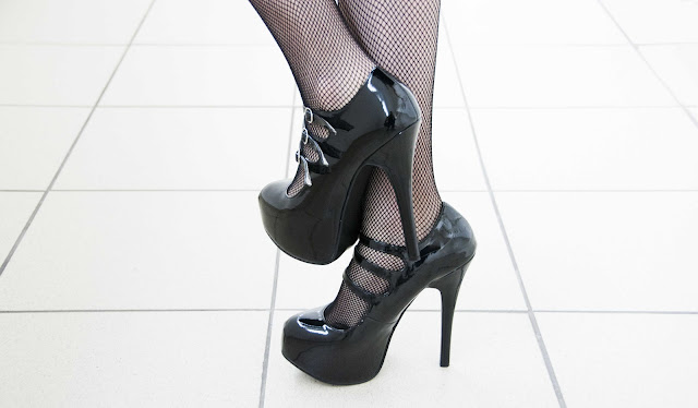 Bordello, high heels, black, shiny