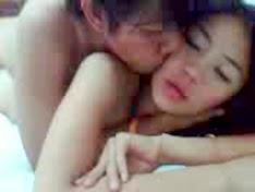 Cặp sinh viên Việt Nam làm tình trong nhà nghỉ