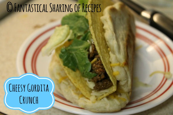 Cheesy Gordita Crunch | This #copycat has everything: flatbread, seasoned beef, cheese, and a crunchy taco shell | www.fantasticalsharing.com