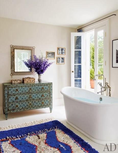 baño decorado en tonos azules