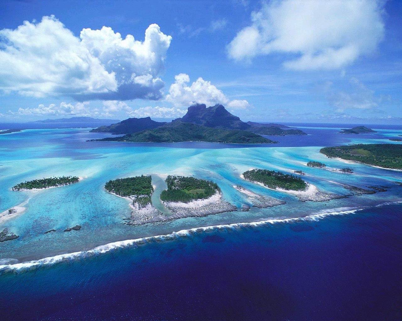 Tropical Island Sunset Wallpaper