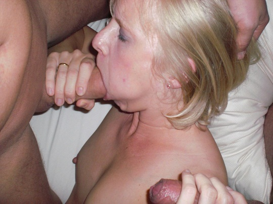Wife_threesome