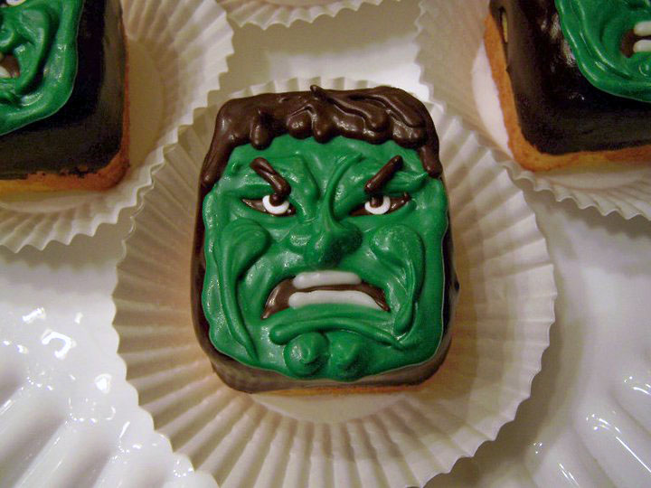 Oven Lovin The Hulk Cupcakes