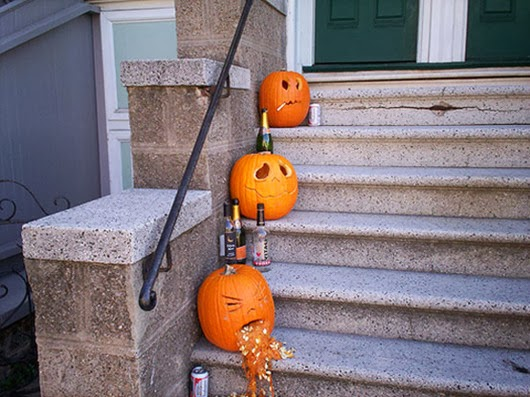 Hallowen  ideas outdoor decorating