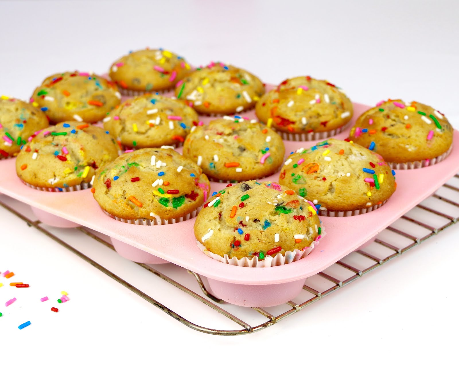 funfetti sprinkle chocolate chip muffins lindsay ann bakes