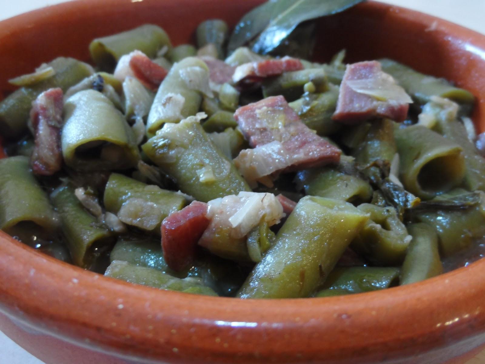Las recetas de las mellizas cazuelitas de habas con jam n - Habas frescas con jamon ...