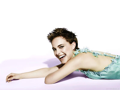Natalie Portman Actress Glamorous Wallpaper-201-1600x1200