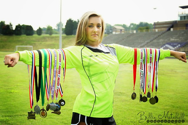 billie mitchell photography soccer senior pictures north henderson