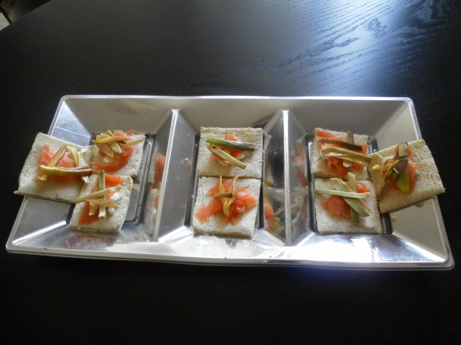 tartine salmone e carciofi