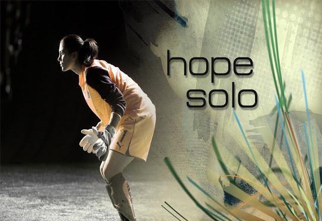 hope_solo_beautifu_gol_keeper_wallpaper_5644561564156
