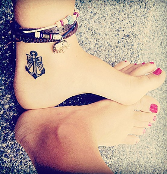Faith Hope Love Anchor Tattoo http://www.clothesandcamera.com/2013/01/inspiraton-tattoos.html