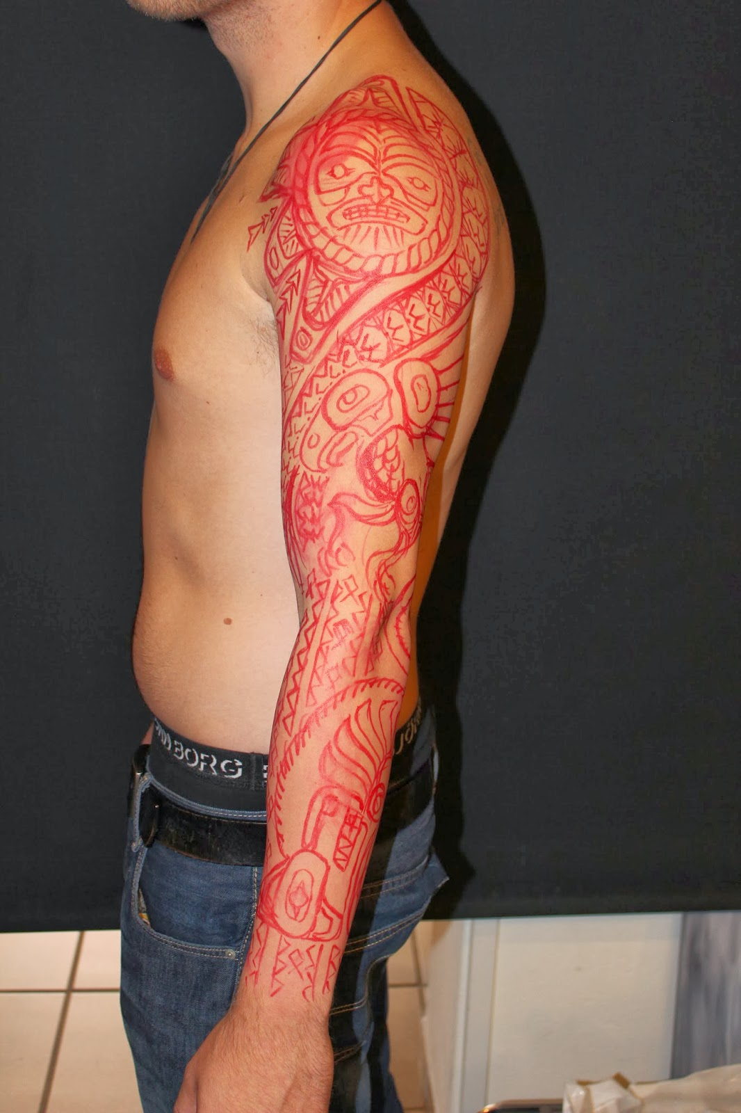 skin bone artistic process haida traditional hand tattooing. Black Bedroom Furniture Sets. Home Design Ideas