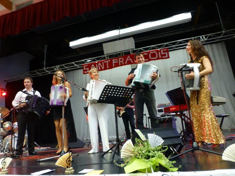 Le blog de la danse de salon echos du gala d 39 accordeon de sully 45 - Blog de la danse de salon ...