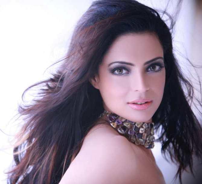 Shweta Bhardwaj Players FILMI-ARTICLES