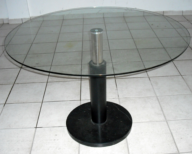 Mesa redonda con vidrio y pie de m rmol andana - Mesas de marmol y cristal ...