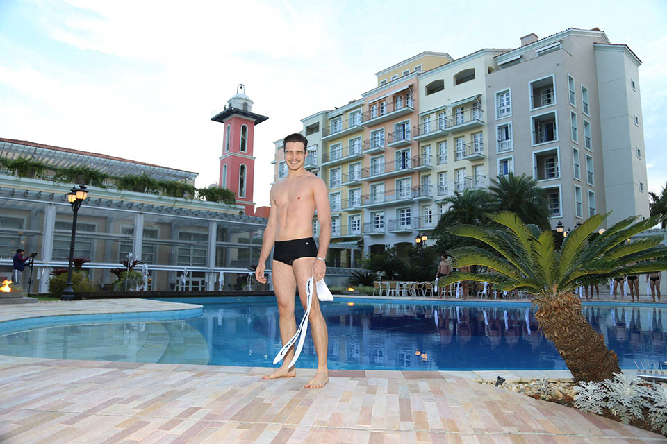 Mister Distrito Federal - Ecktor Lopes, 25 anos, 1,84 m  - Foto: Leonardo Rodrigues