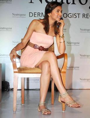 Deepika Padukone hot hot