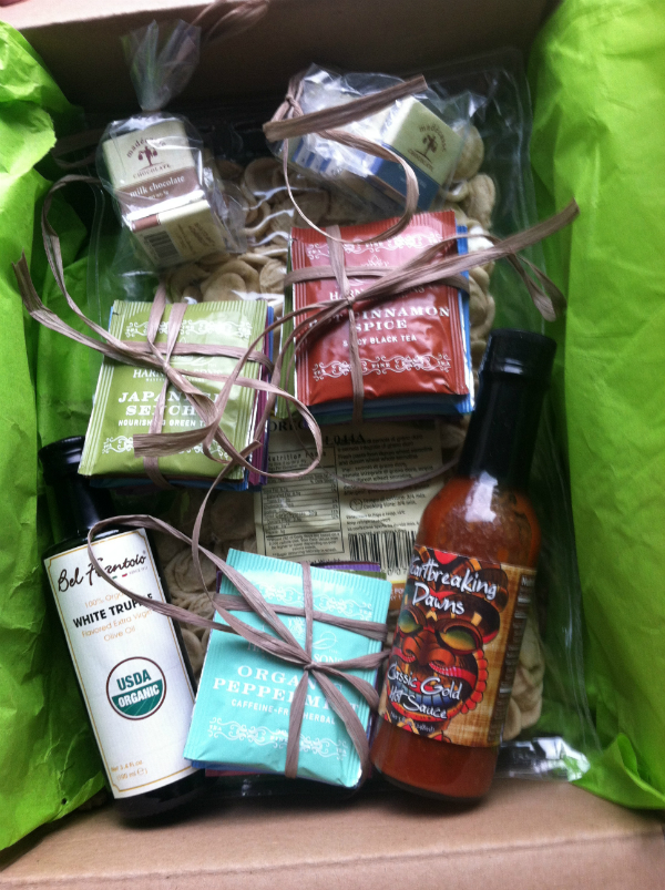 Gourmet Spotting - November 2012 Review - New Gourmet Food Monthly Subscription Box!