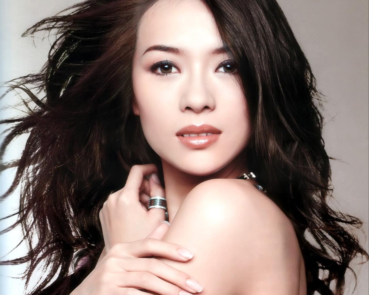 http://2.bp.blogspot.com/-9zySJk3Ocpk/T2CFBJPgVyI/AAAAAAAABfc/gFUQoW0ajBY/s1600/Zhang+Ziyi+20.jpg