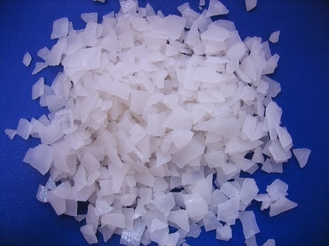 Xút - Natri hidroxit ( NaOH )