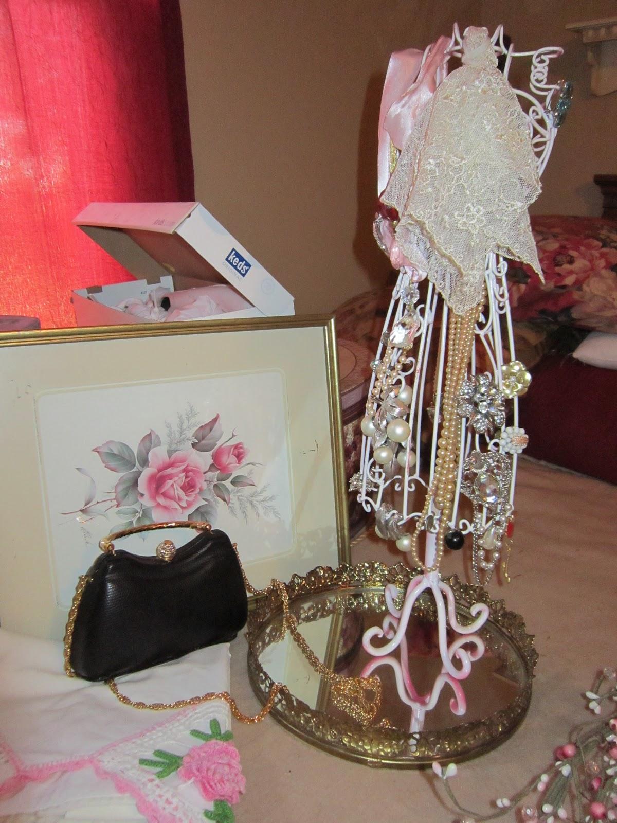 The victorian journey romantic treasures for Treasures jewelry jefferson mall