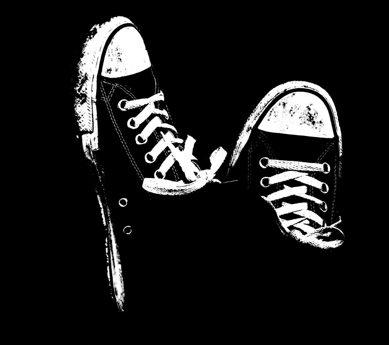 http://2.bp.blogspot.com/-A-0OldDqV4s/ULpbvlqOouI/AAAAAAAALxk/wFRfK_BdQhk/s1600/sneakers-samsung-galaxy-s3-wallpaper.jpg