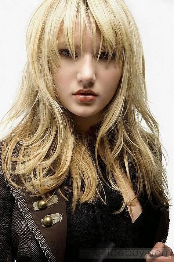 18 Model Potongan Rambut Untuk Wajah Bulat dan Pipi Tembem