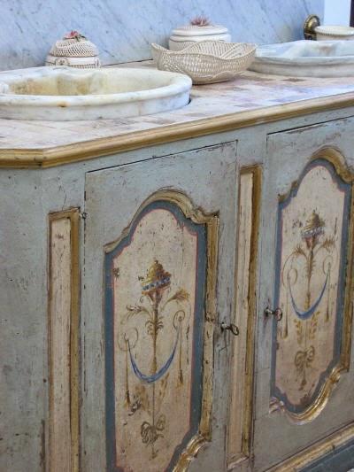 Boiserie c 20 french or italian charmante brocante ideas - Arredo bagno country chic ...