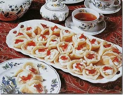 Katayef | Mediterranean Sweets | Food, Arabic food ...