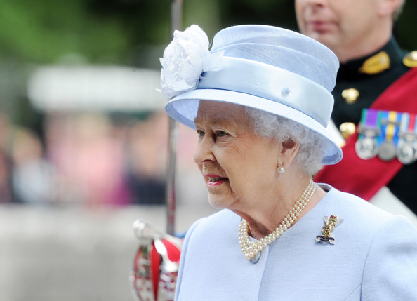 Queen Elizabeth has inspected her guard at the gates of Balmoral Castle