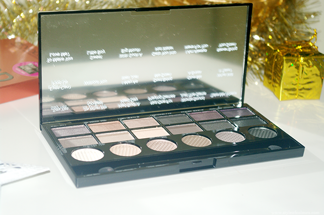Makeup Revolution Hard Day Palette
