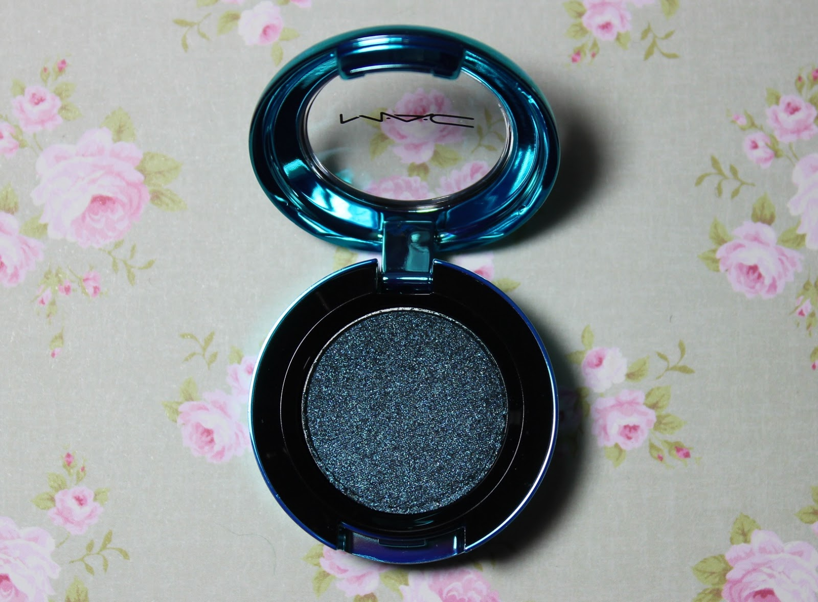 mac colourdrenched pigment tonights the night eyeshadow