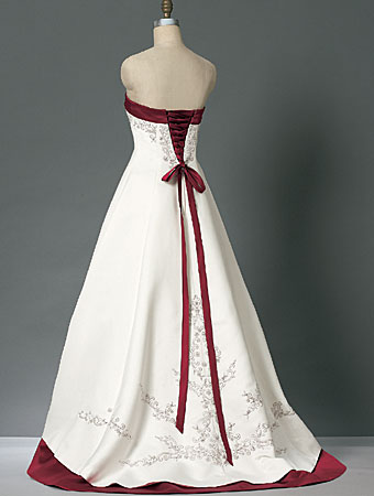 Dress  Wedding on Formal Wedding Dresses  Red Color Accent Wedding Dress