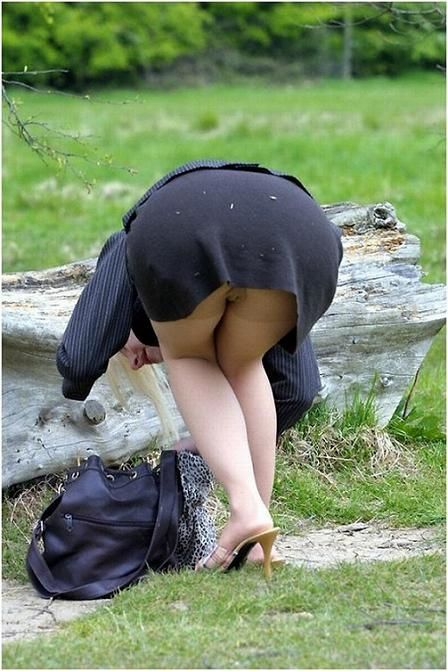 No Panties Voyeur Upskirt Outdoor
