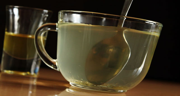 http://www.maigrirastuces.com/2015/05/eau-de-miel-les-effets-de-miel-et-deau.html