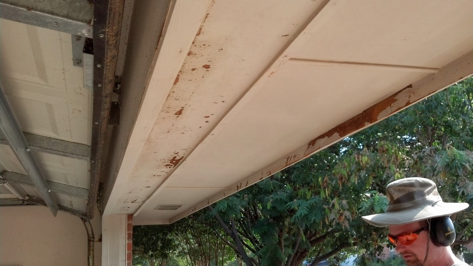 How To Remove Old Flaky Paint Off House