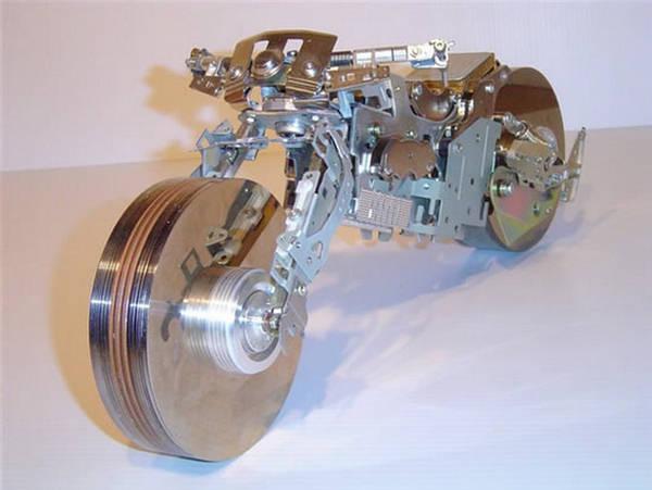 http://2.bp.blogspot.com/-A0J1-BPmEJo/UBWwQzk_iEI/AAAAAAAAQ3s/omyv1bkbKgU/s1600/Yaiyalah.net%2B-%2BFoto%2BUnik%2B-Motor%2BMIni%2B%25283%2529.jpg